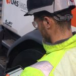 LMS-provides-each-crew-with-tablets-for-real-time-reporting