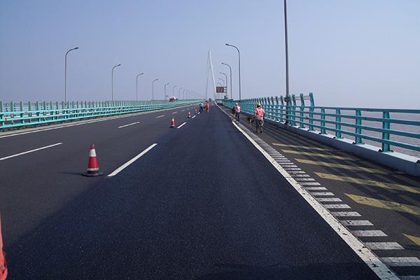 RHiNOPHALT® | Success on the Hangzhou Bay Bridge