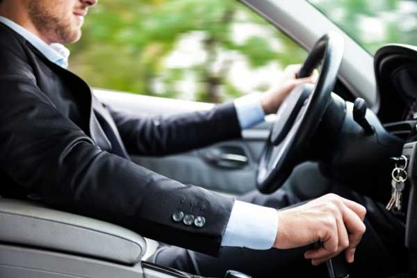 Number of motorists caught driving while banned rises