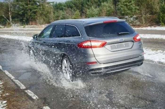 Ford Working to Advance Pothole-Dodging Technology