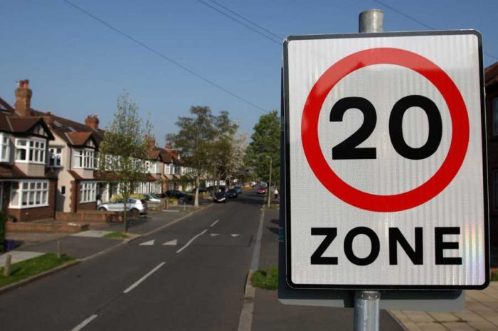 Most drivers ignore 20mph speed limits, official figures show