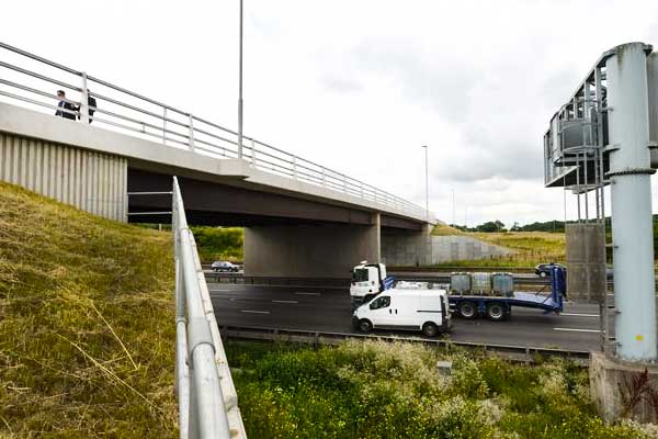 New £15 million bridge over the M1 in Leicestershire opens