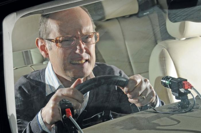 Motorists should have eye test every ten years, experts warn