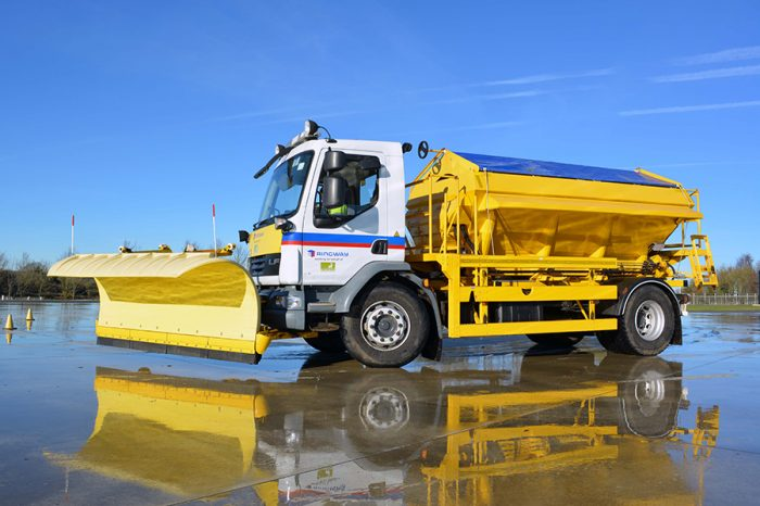 Eurovia | Gritter drivers hone their driving skills with special course