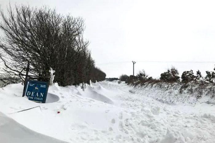 Highways teams battle to rescue last few cut-off communities
